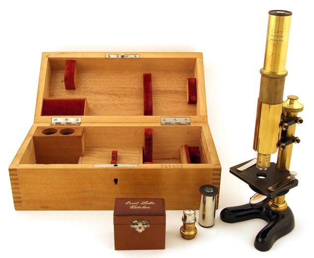 Museum optischer instrumente kleines kursmikroskop von ernst